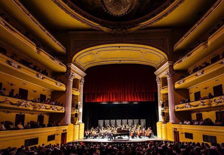 Fotografía del interior del teatro José Peón Contreras. Se busca que sea parte de los '7 Tesoros del Patrimonio Cultural de Mérida'. (Milenio Novedades)