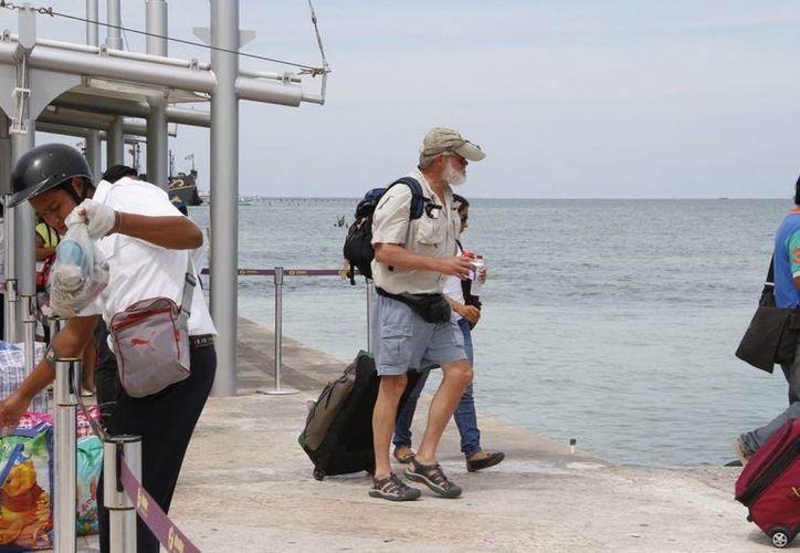 El turismo de la tercera edad destaca por ser de alto poder adquisitivo. (Tomás Álvarez/SIPSE)