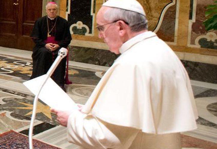 Todos cometen pecados pero lo importante es reconocerlo, observó Francisco. (Agencias)