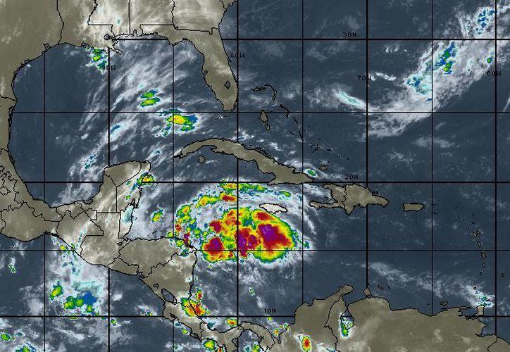 La probabilidad de lluvia en Cancún es del 50%. (Intellicast)