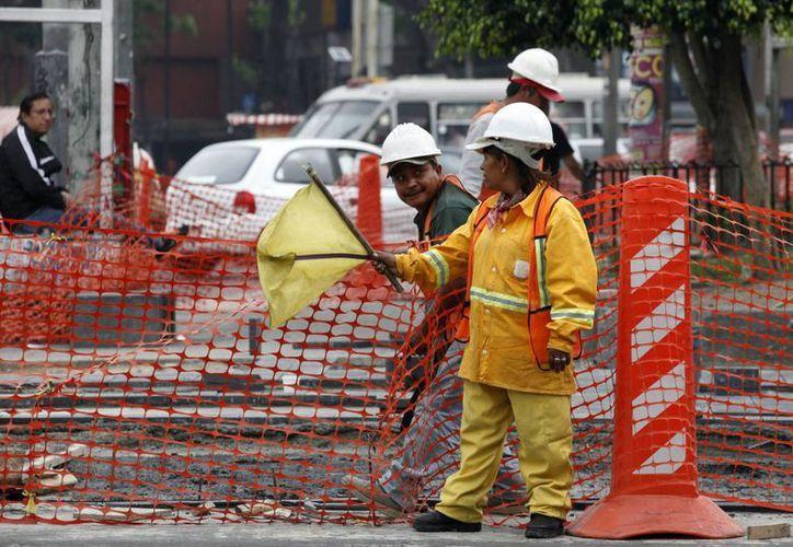 """De acuerdo con la CSI en México se observan """"violaciones sistemáticas"""" de los derechos de los trabajadores. (Archivo/Notimex)"""