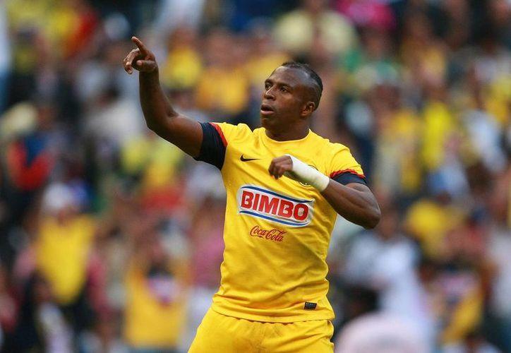Benítez fue el águila que más alto voló: anotó 3 goles. (Agencias)
