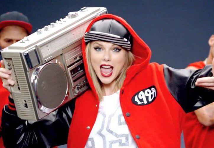 Compositores señalan que el tema de Taylor es plagio de la canción 'Playas Gon Play'. (Foto: Redacción)
