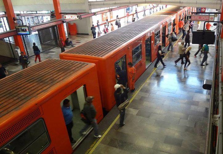 Entre 2010 y 2014, en el Metro de la Ciudad de México han muerto 244 personas. El año con la cifra más alta es la de 2013, con 80. (Archivo/NTX)