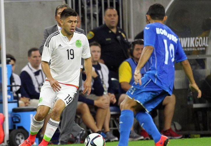 Oribe Peralta entró de cambio por el lesionado Chicharito Hernández, pero ni México ni Honduras encontraron el gol en partido amistoso previo a Copa Oro. (Notimex)