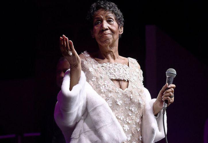 La cantante norteamericana del Soul, Aretha Franklin sigue hospitalizada en Detroit. (Foto: pagesix.com)