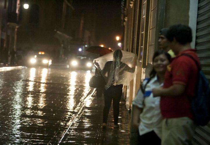 Para las próximas horas se esperan fuertes lluvias para Yucatán. (Notimex)