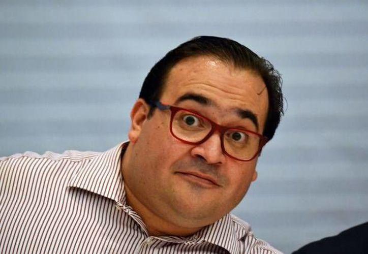 Javier Duarte no puede recibir el beneficio del fuero debido a que se le acusa de delitos graves. (Archivo/SIPSE)