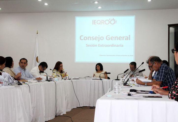 En la sesión se aprobaron los lineamientos y publicación de la convocatoria. (Ángel Castilla/SIPSE)