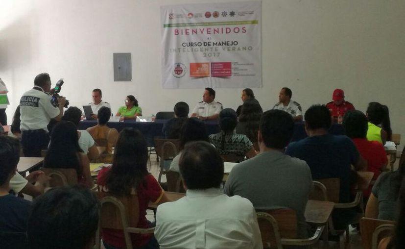 Durante el taller fortalecerán los principios básicos de la educación vial. (Eric Galindo/SIPSE)