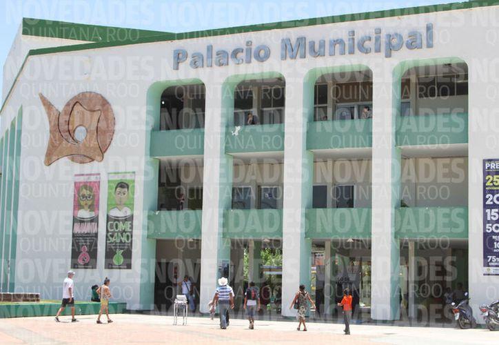 La Contraloría del Ayuntamiento de Othón P. Blanco determinó que incumplieron con la Ley de Responsabilidades de los Servidores Públicos del Estado de Quintana Roo. (Joel Zamora/SIPSE)