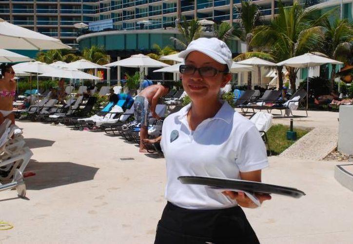 El 57% de las personas empleadas en empresas turísticas son mujeres. (Archivo/SIPSE)