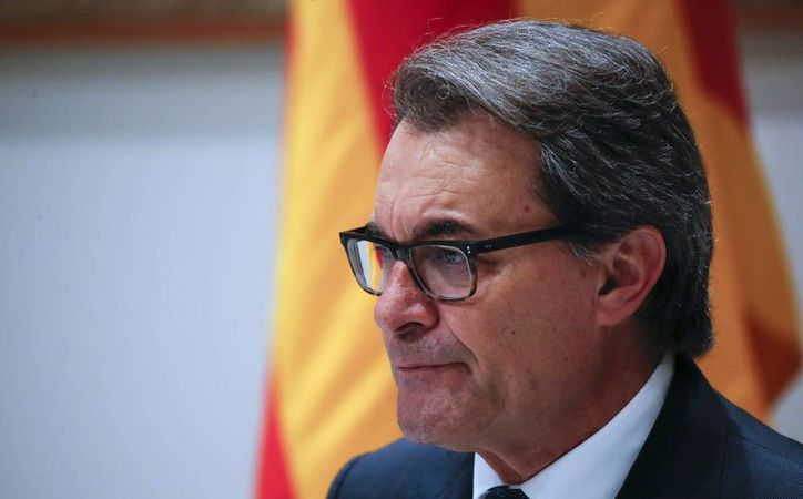 Artur Mas desafió al Estado Español al impulsar una consulta sobre la separación de Cataluña. (Archivo/AP)