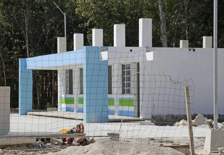 Para el inicio del ciclo escolar 2015-2016, se anunció la construcción de 11 escuelas en Benito Juárez. (Jesús Tijerina/ SIPSE)