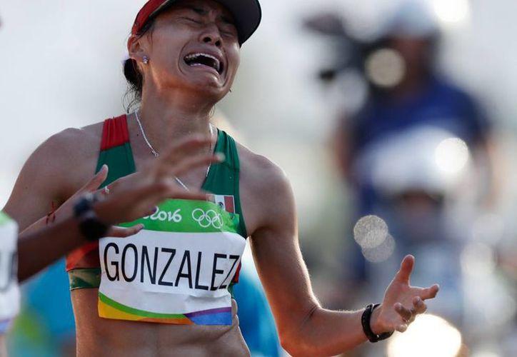María Guadalupe González se llevó la plata en la caminata de 20 kilómetros en los Juegos Olímpicos de Río 2016. (The Associated Press)
