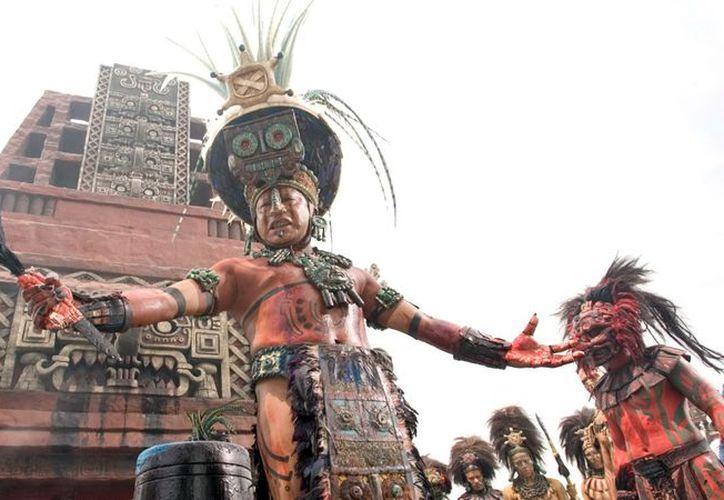 """""""La civilización maya respetaba y vivía en armonía con la naturaleza"""". (Milenio Novedades)"""