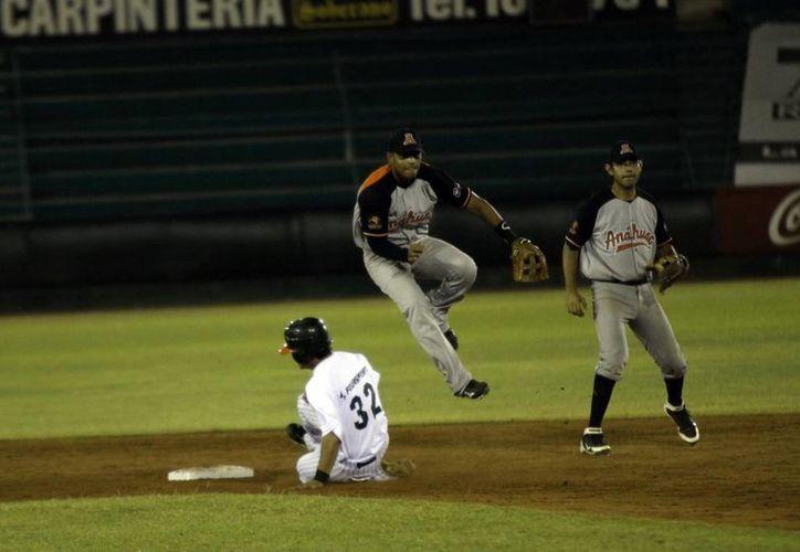 Los Leones no han podido contra los Tigres de Quintana Roo. (SIPSE)