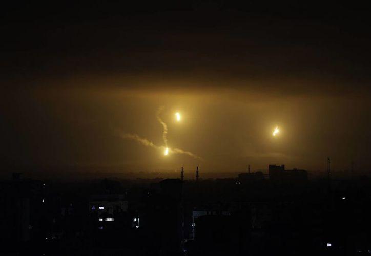 La guerra en la Franja de Gaza ha durado tres semanas con varias treguas momentáneas. (AP)
