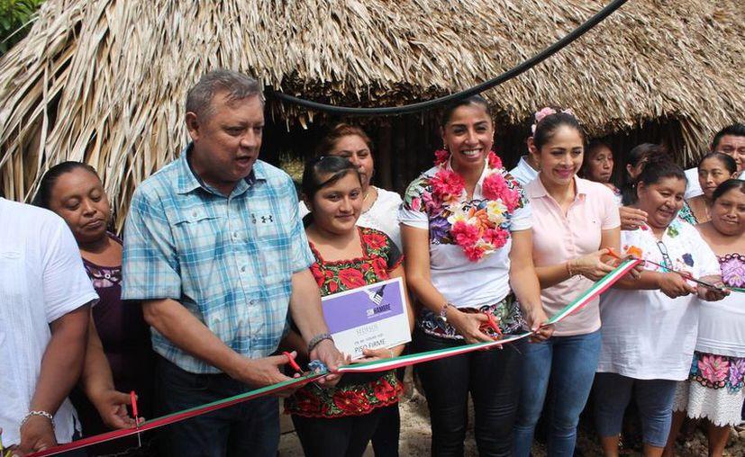 La aplicación del programa inició en la población de Agua Azul. (Raúl Balam/SIPSE)