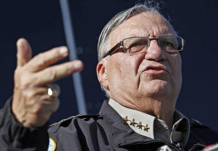 El sheriff Joe Arpaio es más conocido por su rígida postura contra los inmigrantes indocumentados. (AP)