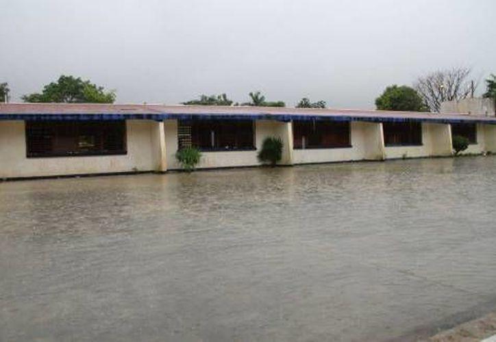 A pesar del pronóstico meteorológico, la SEyC advierte que no se ha determinado una suspensión oficial de clases.  (Foto de contexto/Internet)