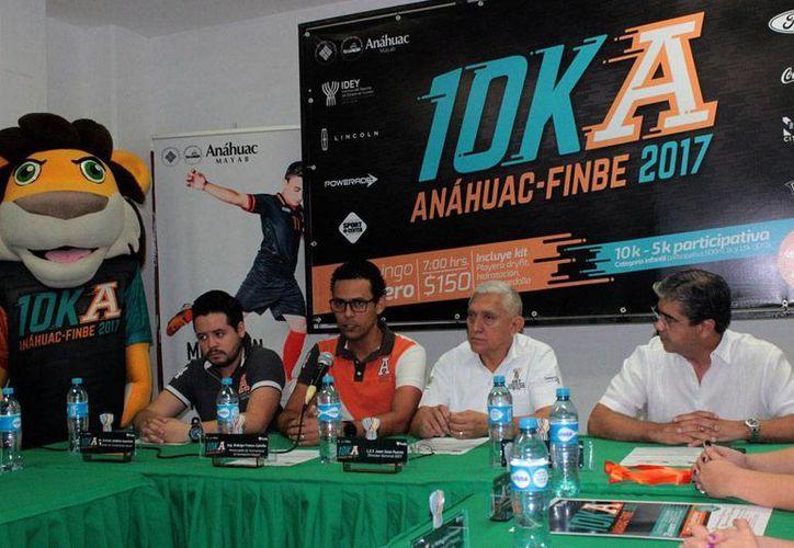 Este 29 de enero la Universidad Anáhuac Mayab celebrará la VI edición de la Carrera Anáhuac de 10 Kms. (Daniel Sandoval/SIPSE)