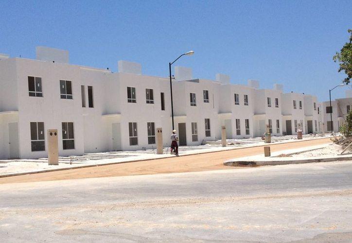 El costo de las viviendas nuevas en Playa del Carmen ha crecido hasta 30% en menos de tres años. (Adrián Barreto/SIPSE)