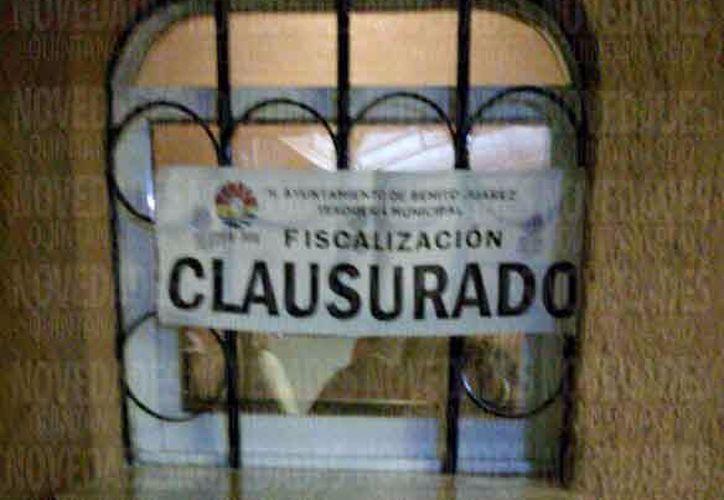 Autoridades de Fiscalización llevaron a cabo la clausura del lugar. (Juan Pablo Torres Limón)