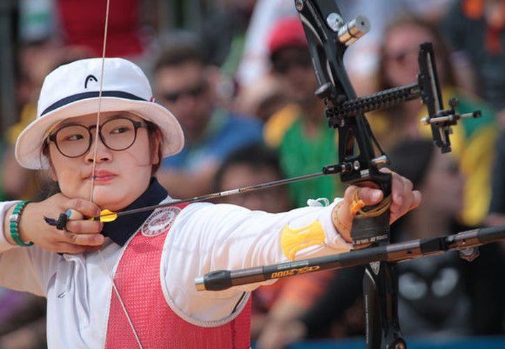 La atleta de 21 años de edad batió el récord mundial de su compatriota Choi Misun. (Foto: Zimbio).