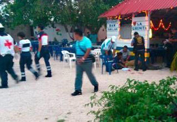 """Tres directivos de los taxistas fueron baleados en el bar """"La Sirenita"""" de Cancún el pasado jueves. (SIPSE)"""