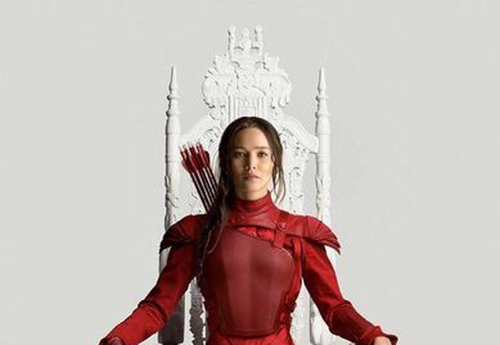 Jennifer Lawrence encarna por cuarta vez a Katniss Everdeen en Los Juegos del Hambre: Sinsajo parte 2, cuyo estreno será en noviembre. (thewrap.com)