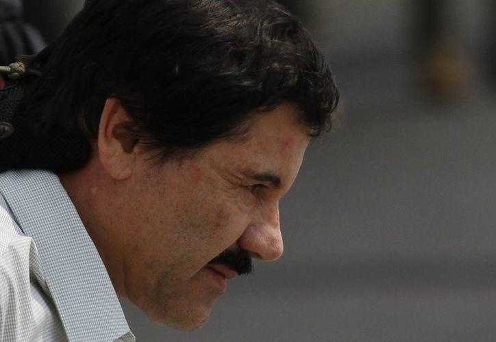 'El Chapo' Guzmán se encuentra solo en una celda y en la que únicamente hay una cama, una regadera y un baño. (Agencias)