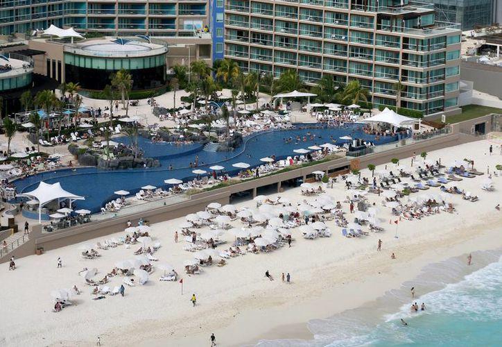 La ocupación  hotelera creció considerablemente en Cancún. (Gonzalo Zapata/SIPSE)