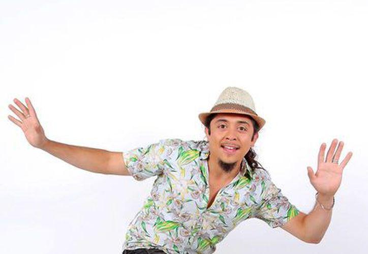 El locutor chileno Paul Hip desafió a su audiencia a hacer cualquier cosa para poder disfrutar de un show musical. (multimediosglp.cl)