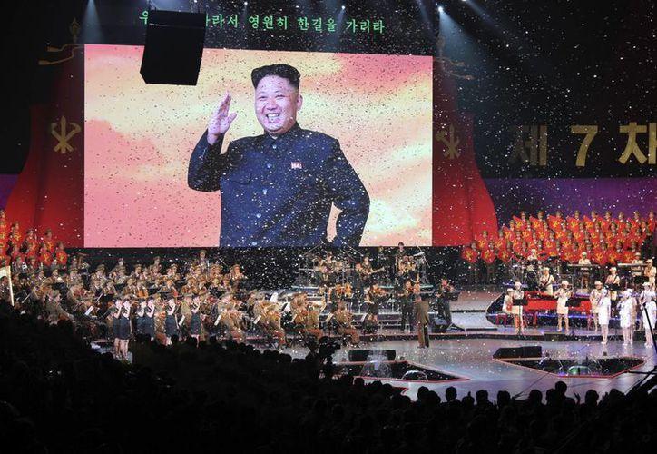 El joven líder deja atrás el 'songun', doctrina de 'el ejército primero'. (Archivo/EFE)