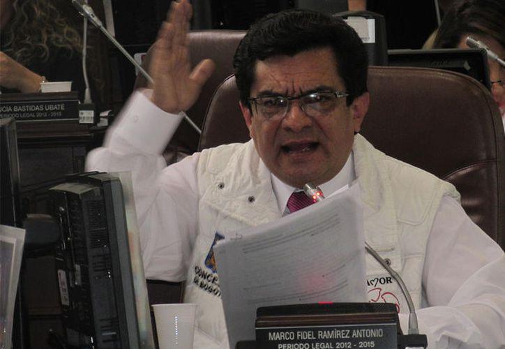 Concejal Colombiano exhorta a no ver 'La Bella y la Bestia. (las2orillas.co)