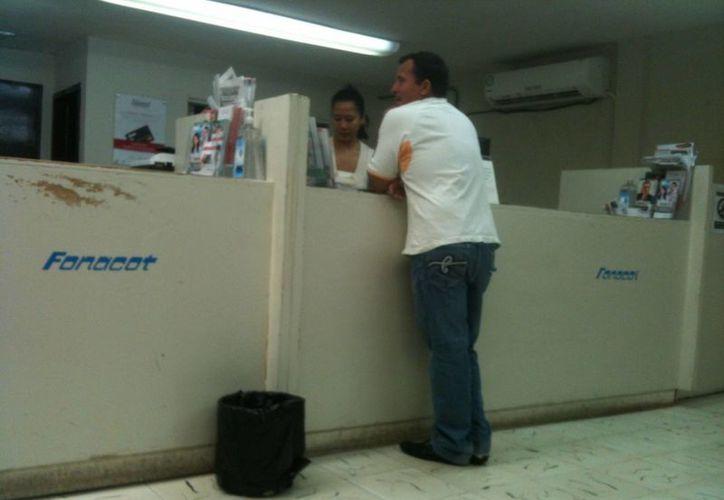 Los trabajadores varones ejercieron un monto de 177 millones 405 mil pesos del crédito Fonacot. (Harold Alcocer/SIPSE)