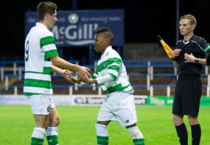 El niño de 13 años es considerado como uno de los jugadores sucesores de Lionel Messi, ya que posee una gran técnica con el balón.(Foto tomada de Facebook/Celtic Glasgow)