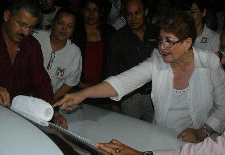 Elizondo Ramírez fue regidora en Piedras Negras, senadora suplente y diputada local. (Milenio)