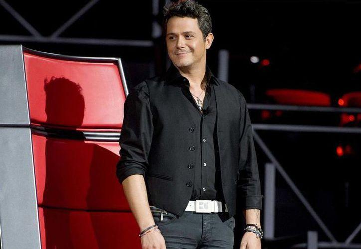 El cantautor español, Alejandro Sanz, participará nuevamente en el programa de Televisa La Voz México. Sanz participó anteriormente como coach a lado de Espinoza Paz, Lucero y Aleks Syntek. (Imagen tomada de Vanguardia.com)