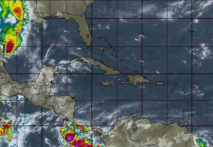 Se prevén tormentas matinales, con probabilidad de lluvias del 40 por ciento en Chetumal. (Intellicast)