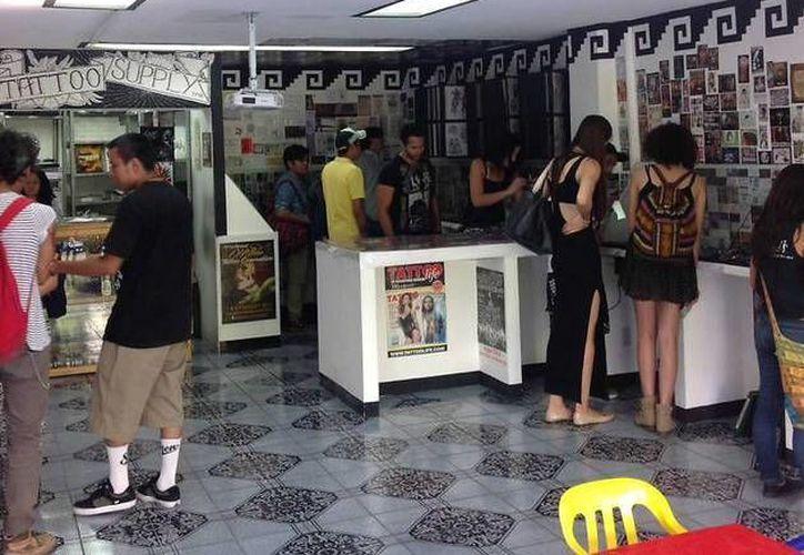 El Museo del Tatuaje tiene como principal objetivo compartir y difundir el arte del dibujo en la piel de las personas.(Foto tomada de Facebook/Museo del Tatuaje)