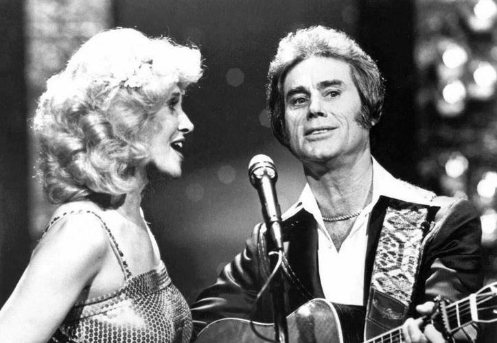 George Jones con Tammy Wynette en un evento en Nashville. (Agencias)