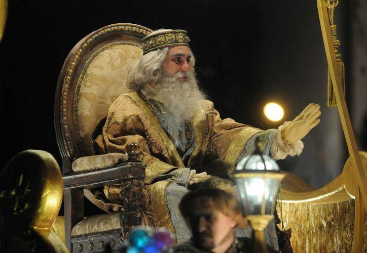 El rey Melchor pide a los niños pensar en los pequeños menos afortunados. (madrid.es)