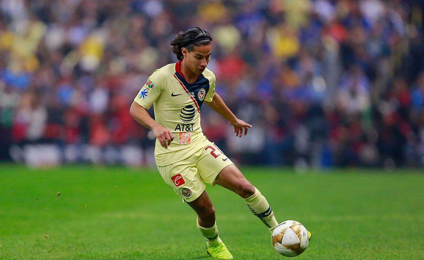 El futbolista de 18 años viajará en las próximas horas a España. (Jam Media)