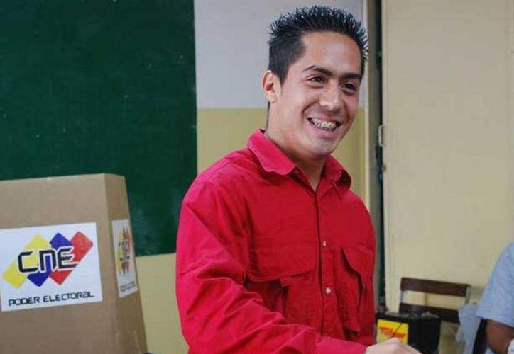 El portal argentino Infobae publicó fotos del cadáver de Robert Serra, asesinado a principios de este mes en Caracas. (Archivo/AP)