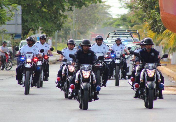 Este viernes inició en Cozumel el operativo de seguridad para la temporada vacacional de Semana Santa. (Gustavo Villegas/SIPSE)