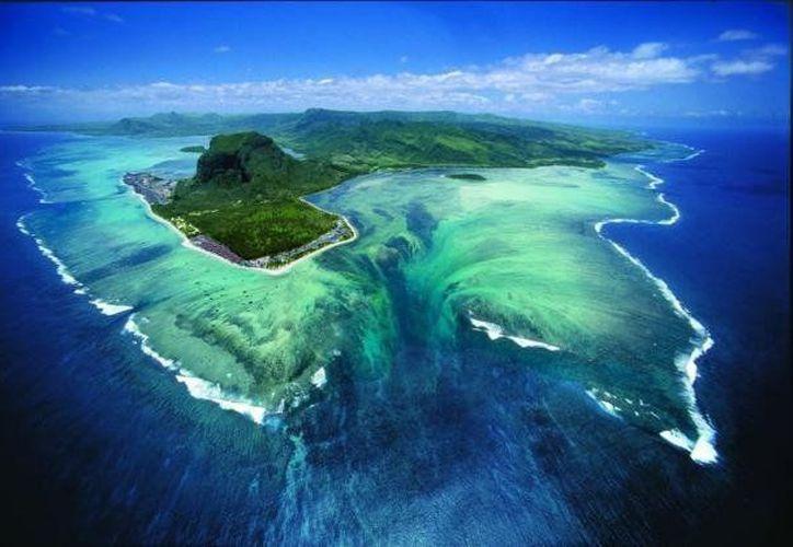 Aunque este fenómeno es poco común, no es exclusivo de la isla Mauricio. Esta espectacular ilusión óptica se da en otras partes de nuestro planeta Tierra, como por ejemplo: el Ártico y el Antártico. (Contexto)