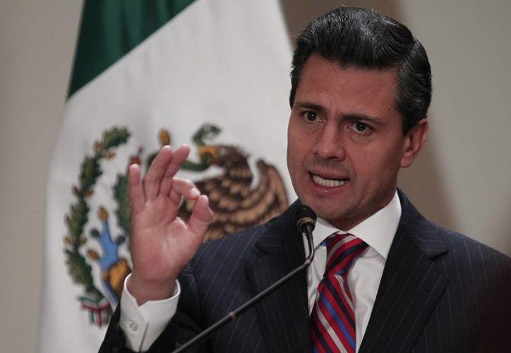 Peña Nieto también informó que se dispondrá de 5 mil unidades para el operativo de Semana Santa. (Notimex/Archivo)