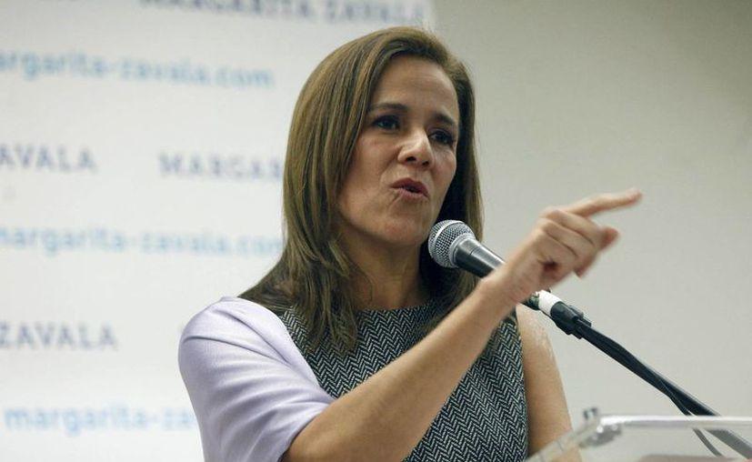 Margarita Zavala asegura que AMLO avaló varios aumentos a la gasolina cuando militaba en el PRI. (siempre.com.mx)